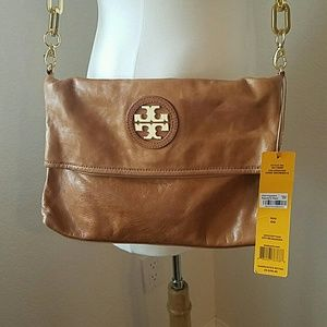 NWT Tory Burch City Messenger in Dune brown